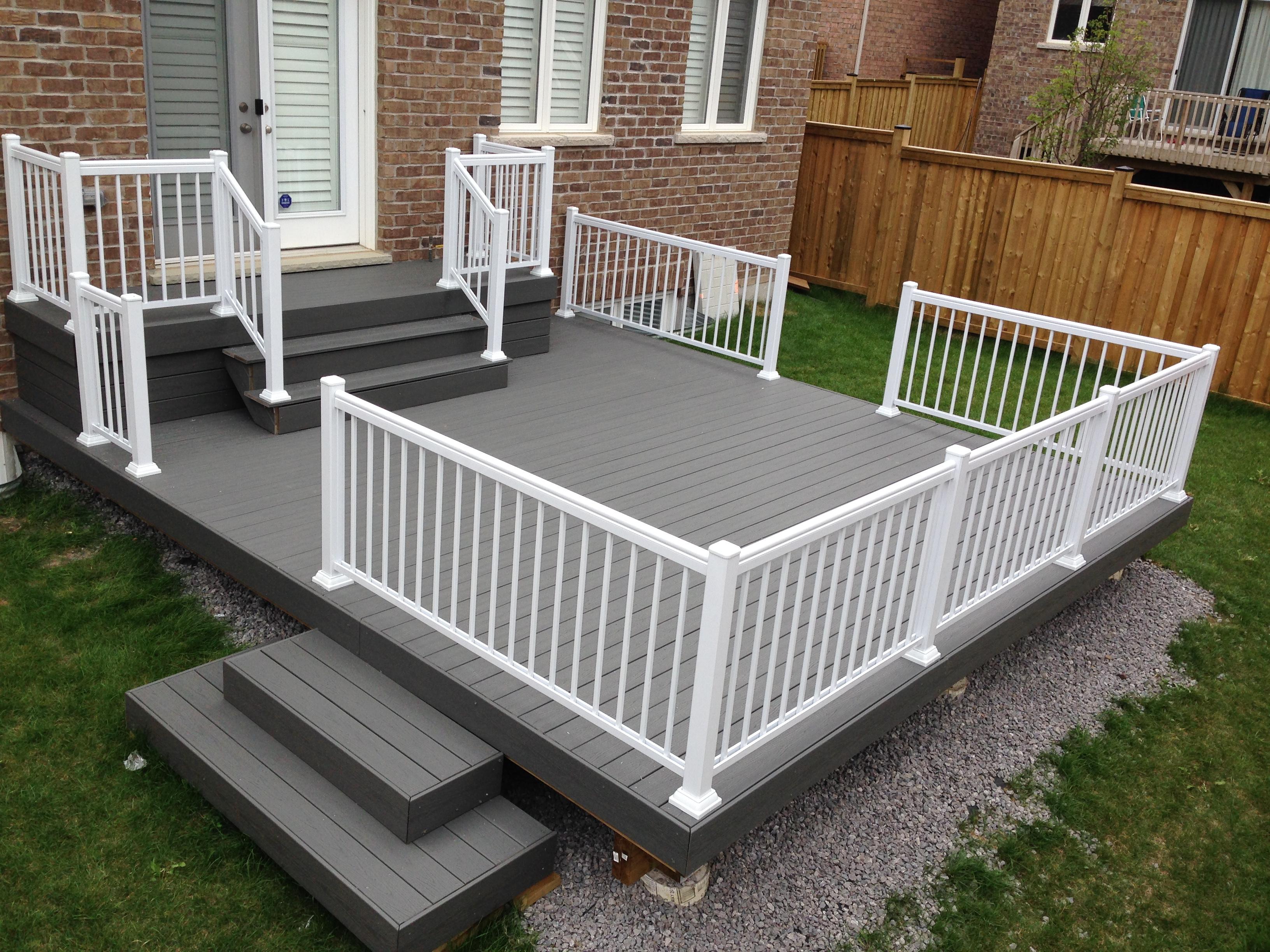 aluminum-white-railing-deck-scarborough